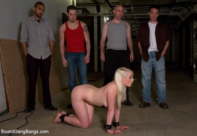Lorelei hot groupsex with iron devices